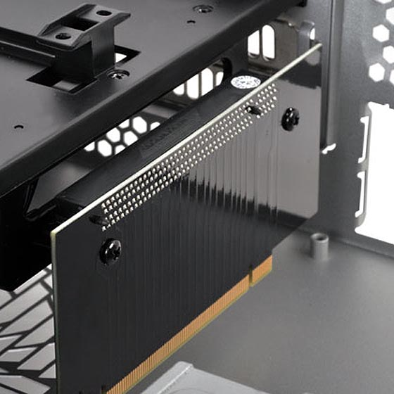 High-performance SilverStone customized riser card