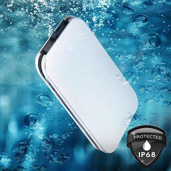 Certified IP68 for dust proof and water resistance