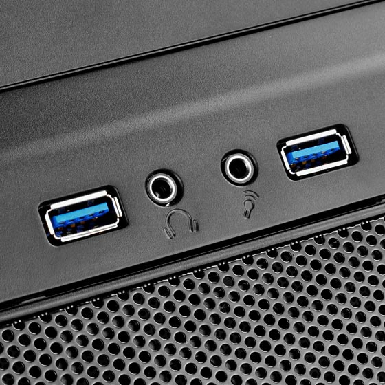 I/O ports include microphone, audio, and two USB 3.0 ports