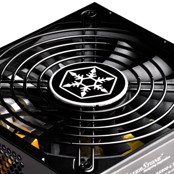 Silent running 120mm fan with advanced semi-fanless operation